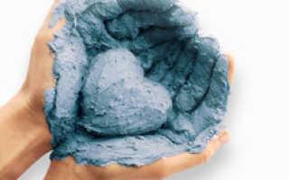 Полезные свойства голубой глины для лица