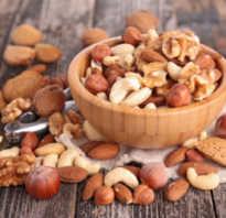Полезны ли для мужчин орехи