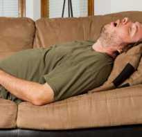 Полезно или вредно спать на животе