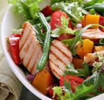 Салат с курицей полезный