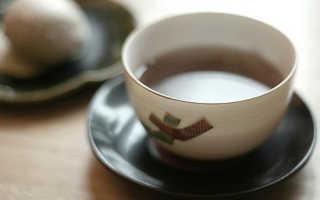Полезно ли пить чай без сахара